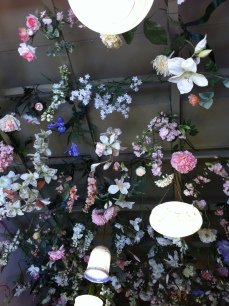 Flowery spring ceiling