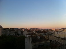 Kissin Marseille's rooftops goodnight